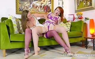 Mature dykes, Lara and Crimson are impatient to make enjoy with each other, all day lengthy